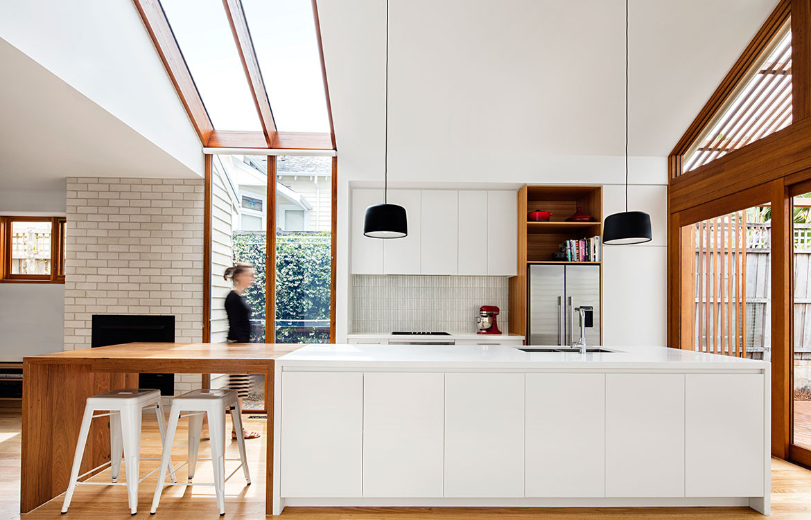 Gable House Sheri Haby Architects CC Lisbeth Grosmann kitchen with east window opening
