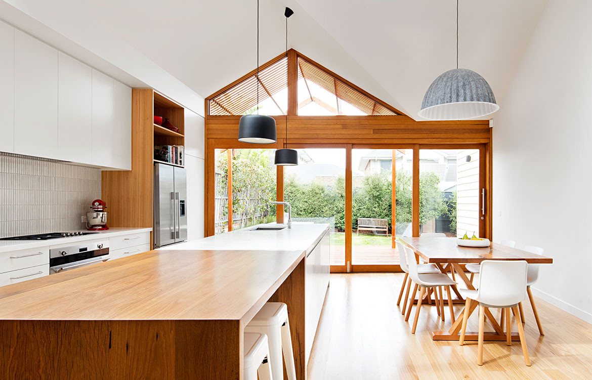 Gable House Sheri Haby Architects CC Lisbeth Grosmann open kitchen and dining space