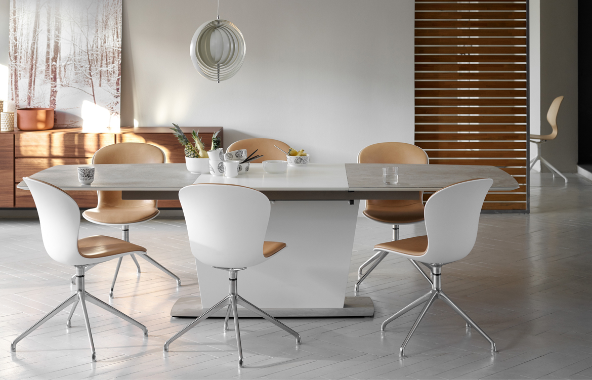 Hl boconcept milano table 2 for Boconcept dining table