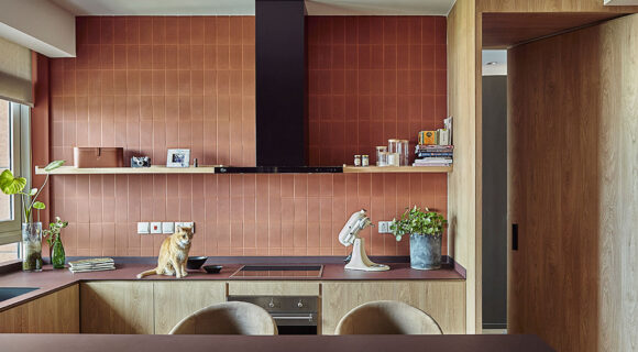 A Warm and Tactile Kitchen