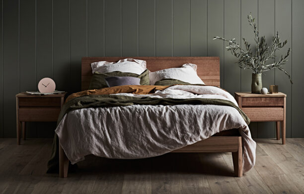 Made of Tasmanian Oak and finished with natural oil / hardwax, the Kuri Bed by TIDE Design is a piece of furniture that celebrates organic beauty.