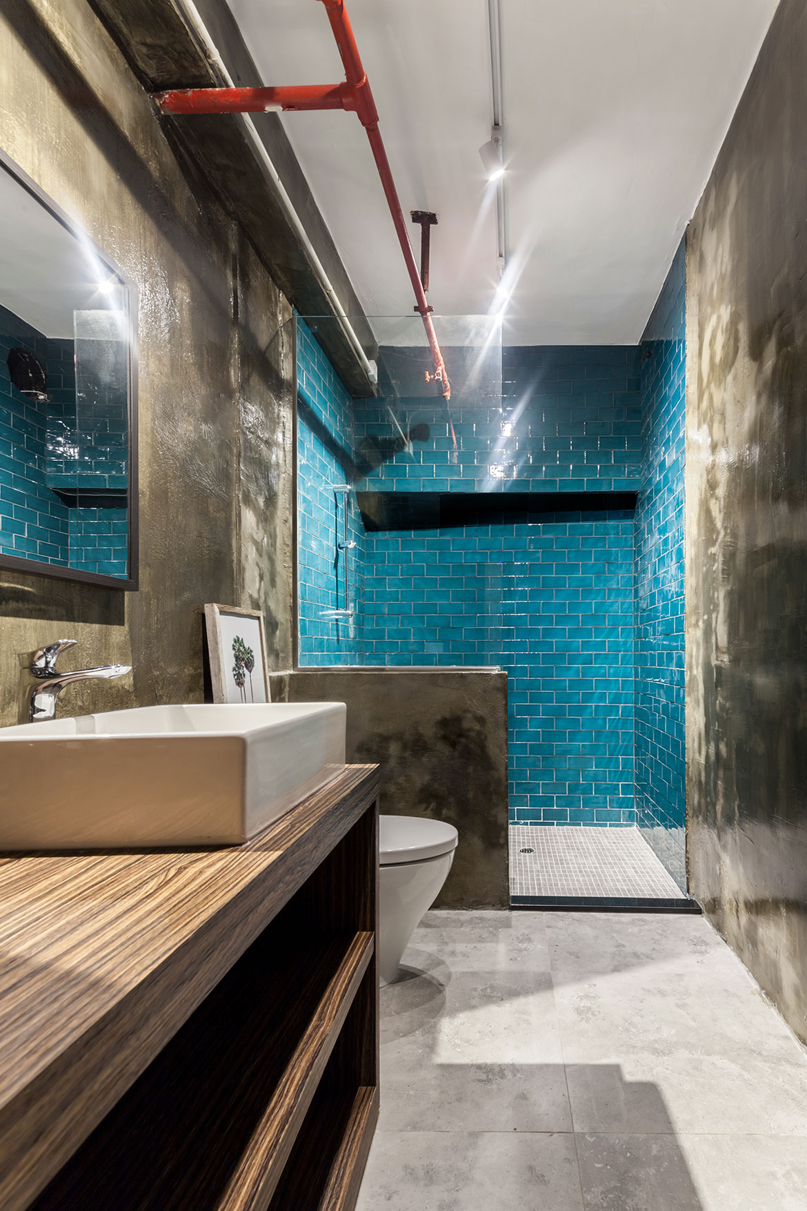 Habitus Living Lim+Lu Warehouse House bathroom