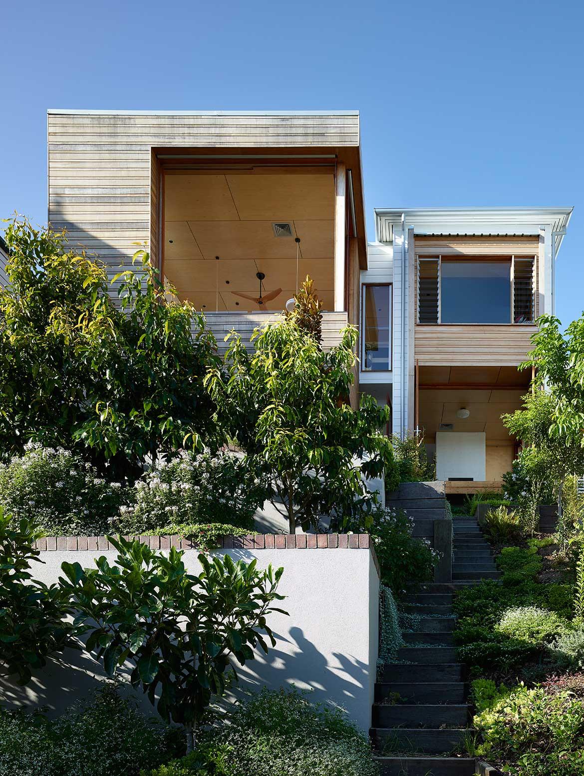 Halfway House Arcke cc Scott Burrows exterior