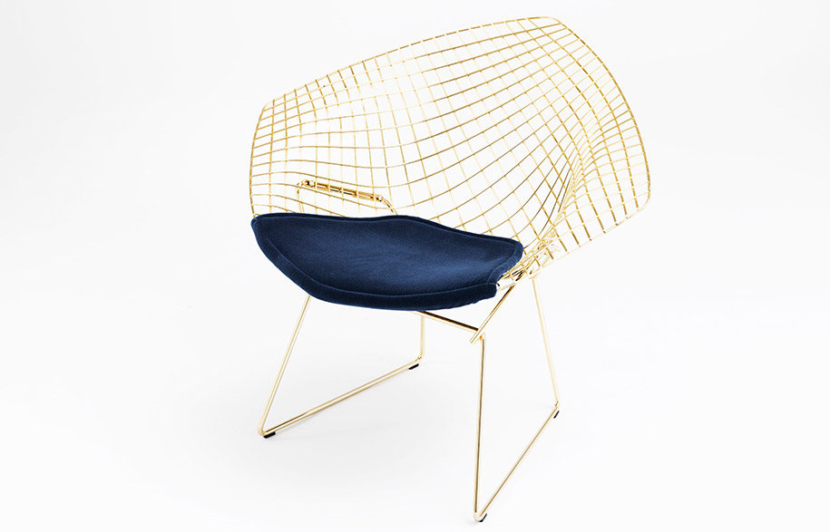 Harry-Bertoia-Bertoia-Diamond-Chair_product