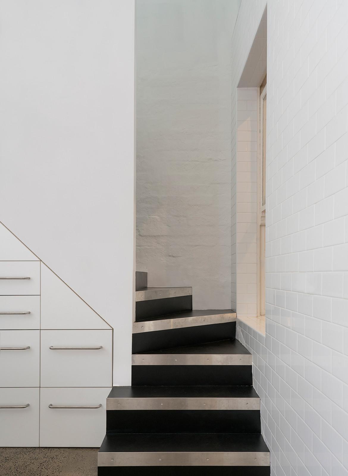Hastings Van Nunen Ian Moore Architects CC Daniel Mayne stairs