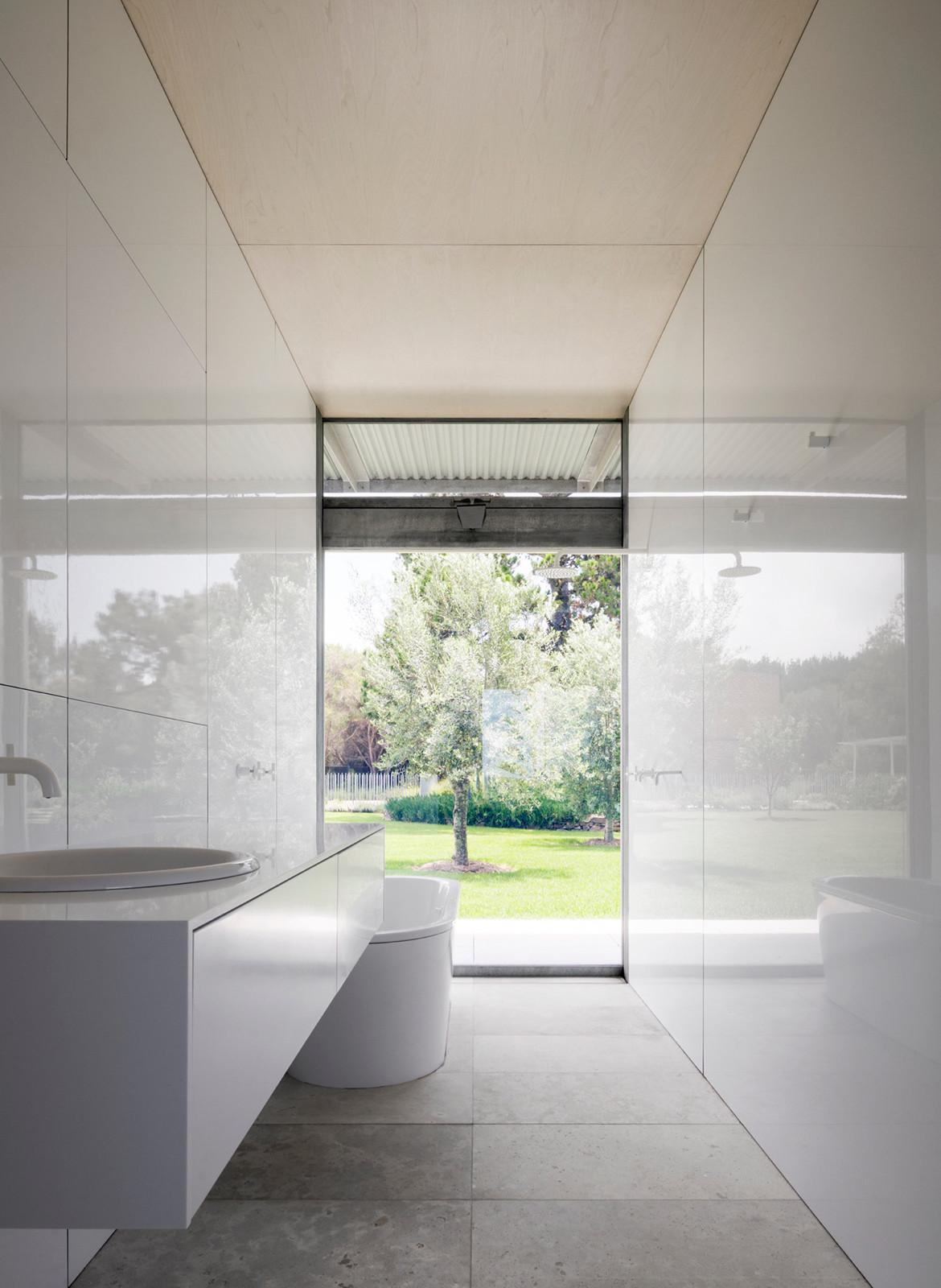 Haxstead Garden House Tobias Partners NSW bathroom