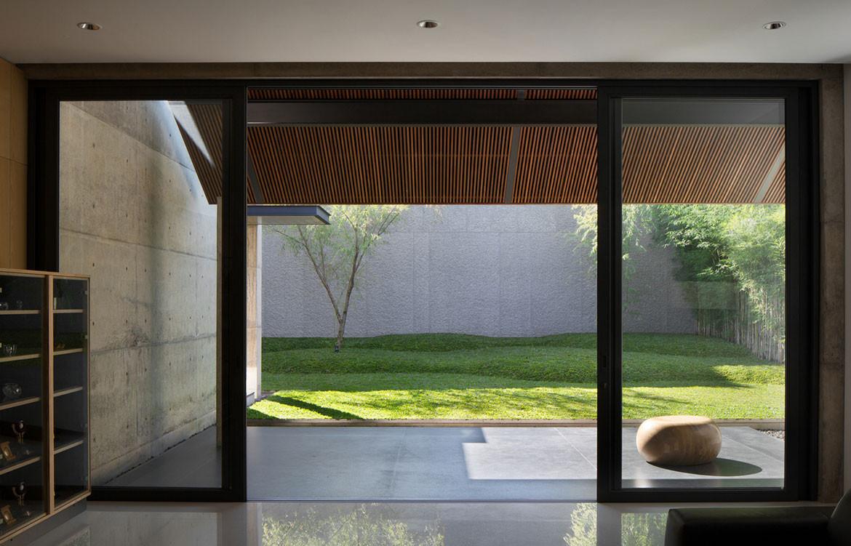 Hikari House Pranala Architects cc Mario Wibowo alfresco