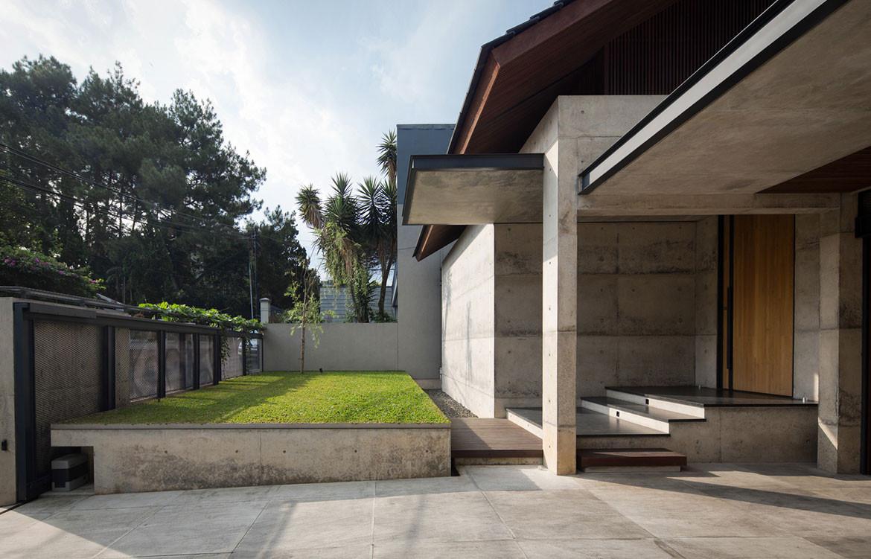 Hikari House Pranala Architects cc Mario Wibowo front