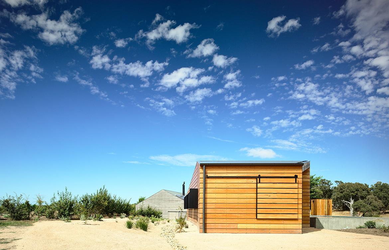 Hills Plains Cottage Australian Architecture | Habitus Living