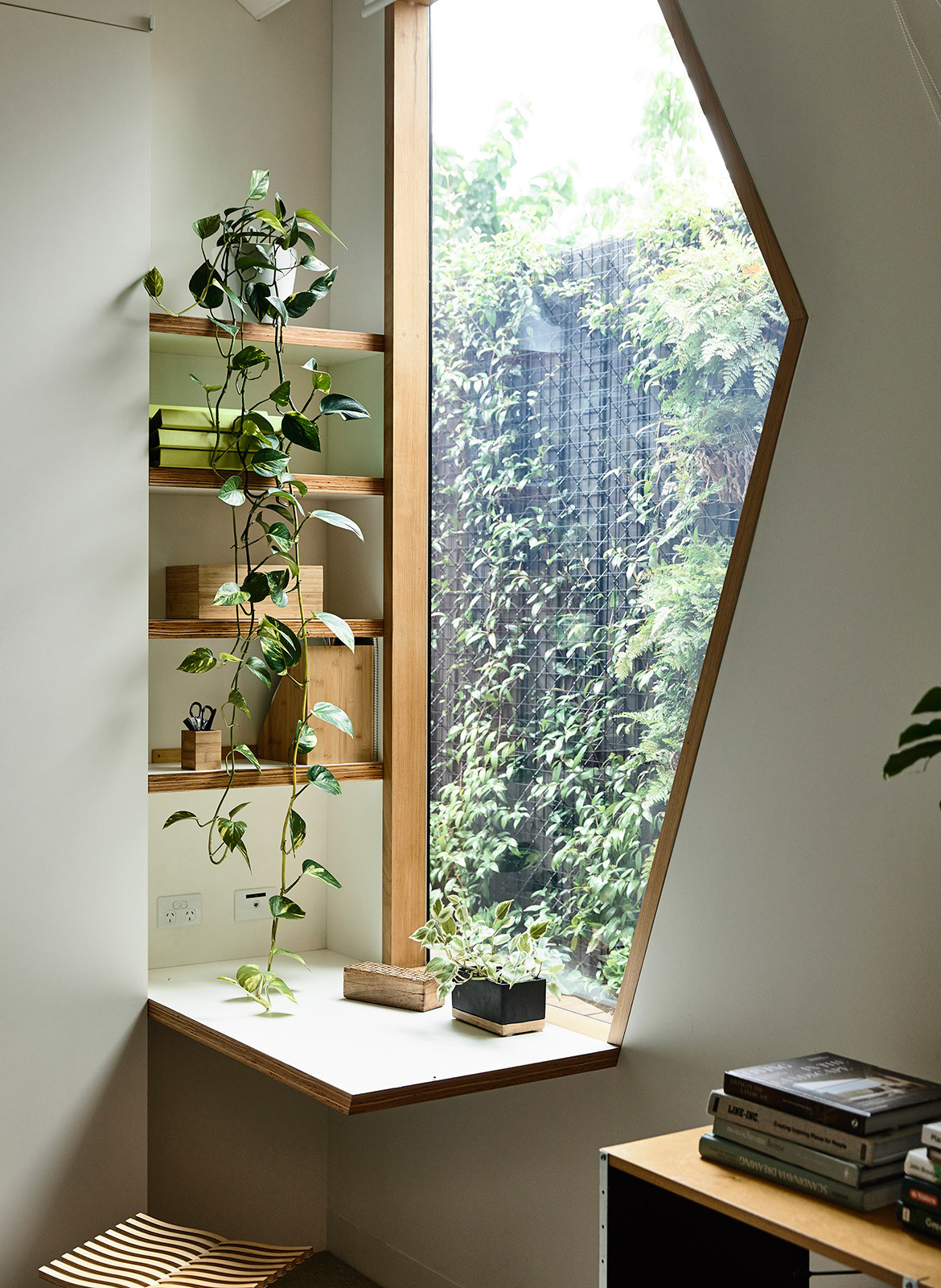 His & Hers House FMD Architects CC Derek Swalwell study nook