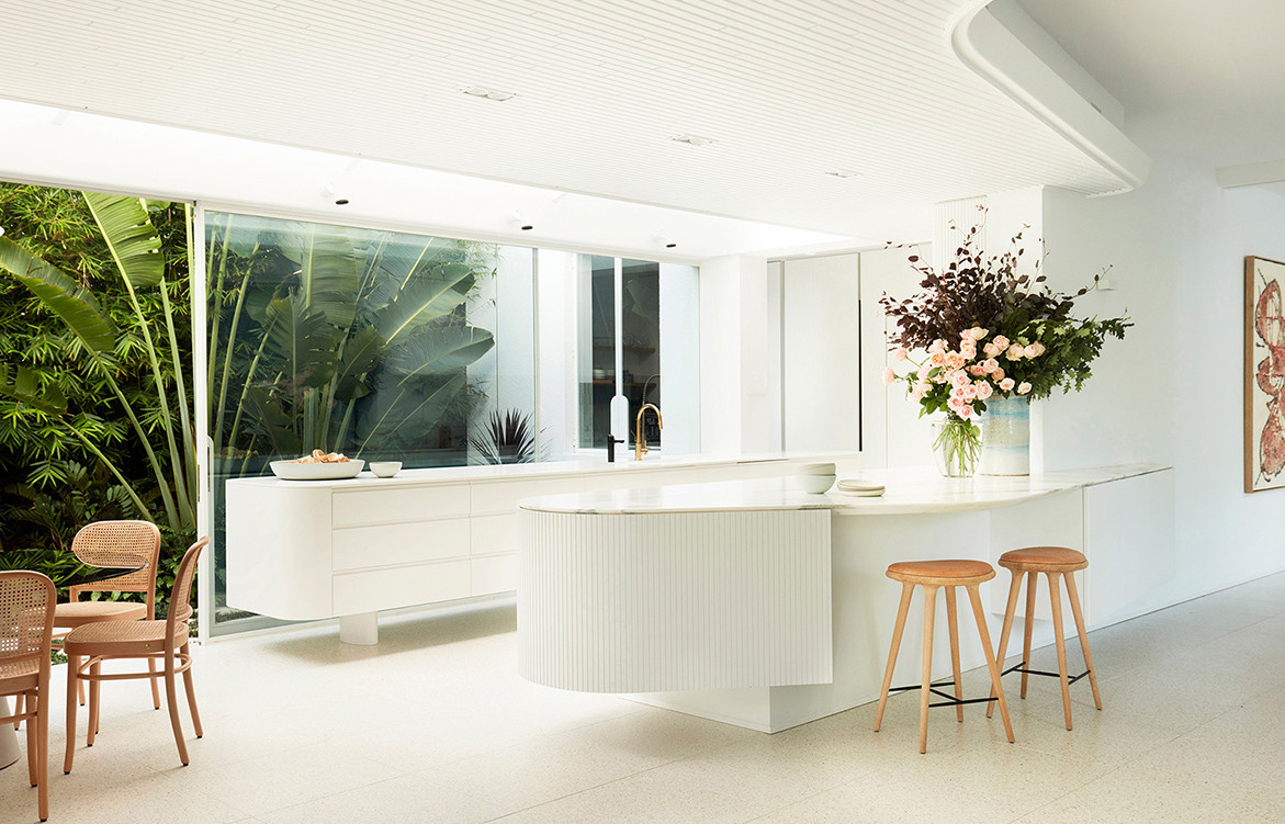 Homage to Oscar Luigi Rosselli Architects cc Prue Ruscoe | Kitchen island