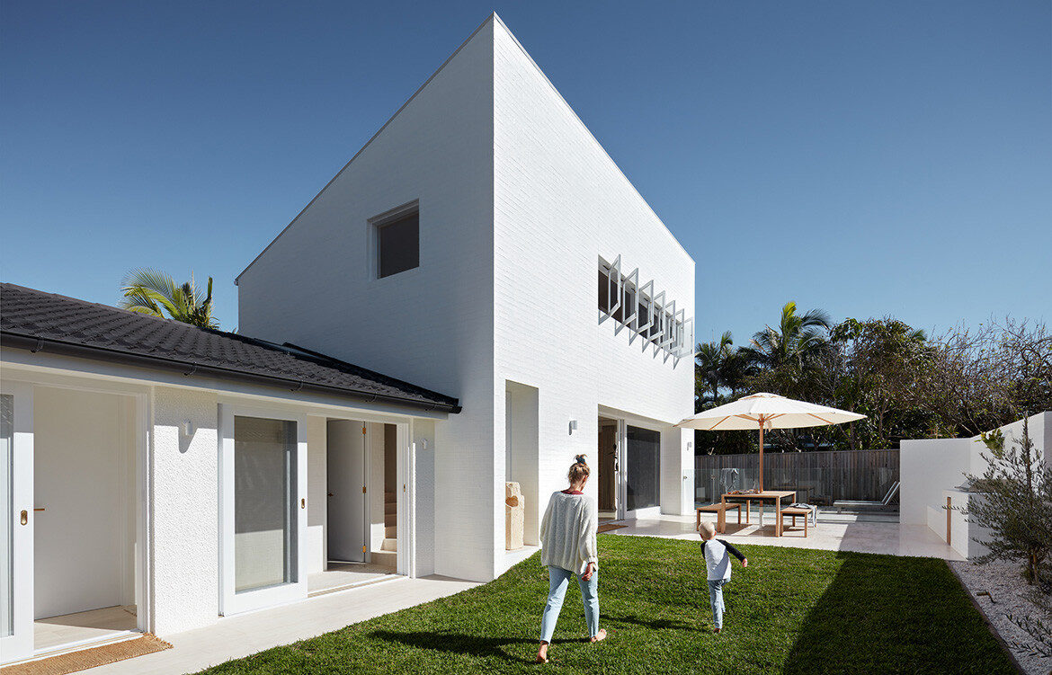 House Burch THOSE Architects cc Luc Remond
