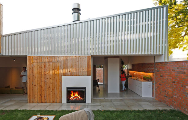 House In Town Christopher Beer Architects CC Patrick Reynolds outdoor fireplace