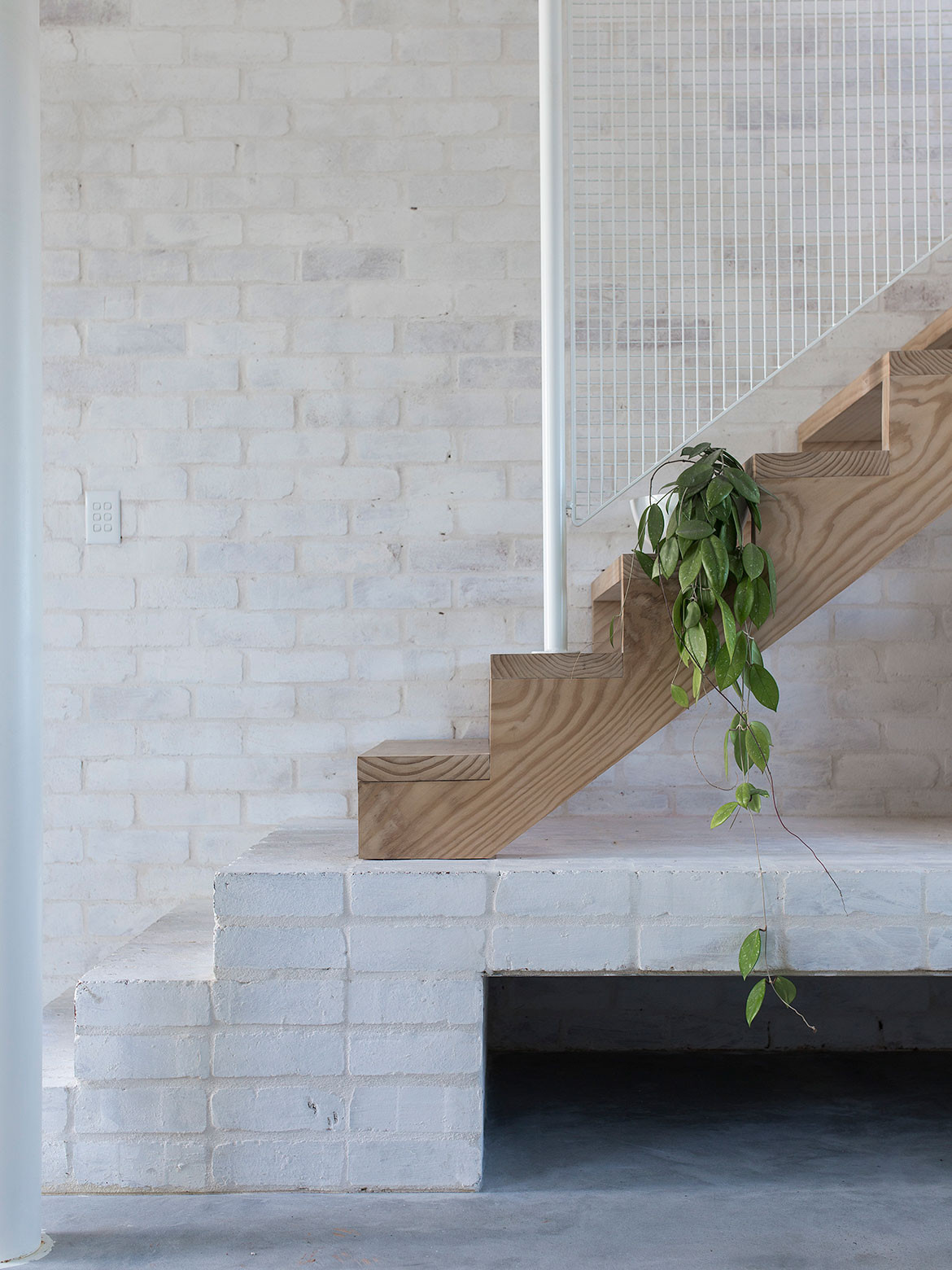 House A Whispering Smith cc Benjamin Hosking staircase