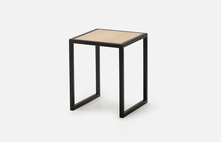 Hunting-For-George-Oliver-SideTable-Black-02