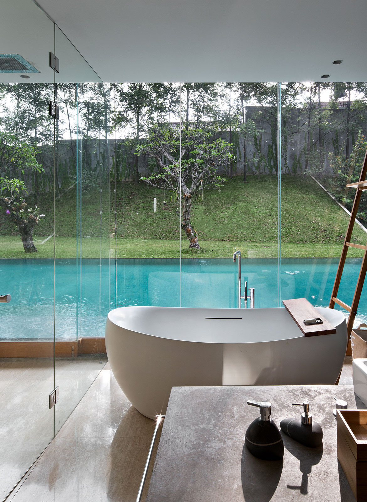 IH Residence Andra Matin CC Mario Wibowo bathroom