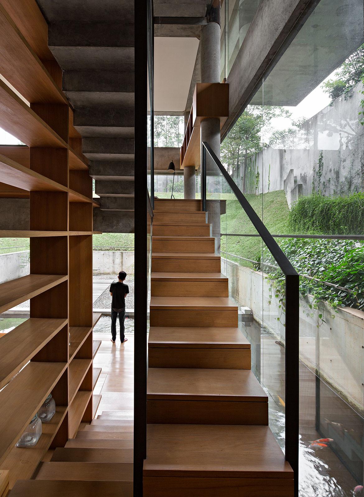 IH Residence Andra Matin CC Mario Wibowo stairs