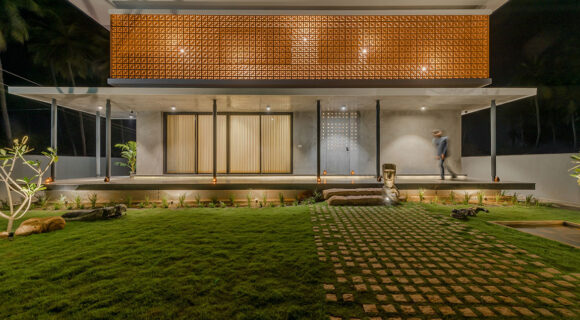 House in a Grove by STO.M.P (India) cc Prithvi M. Samy | Habitus House of the Year 2019