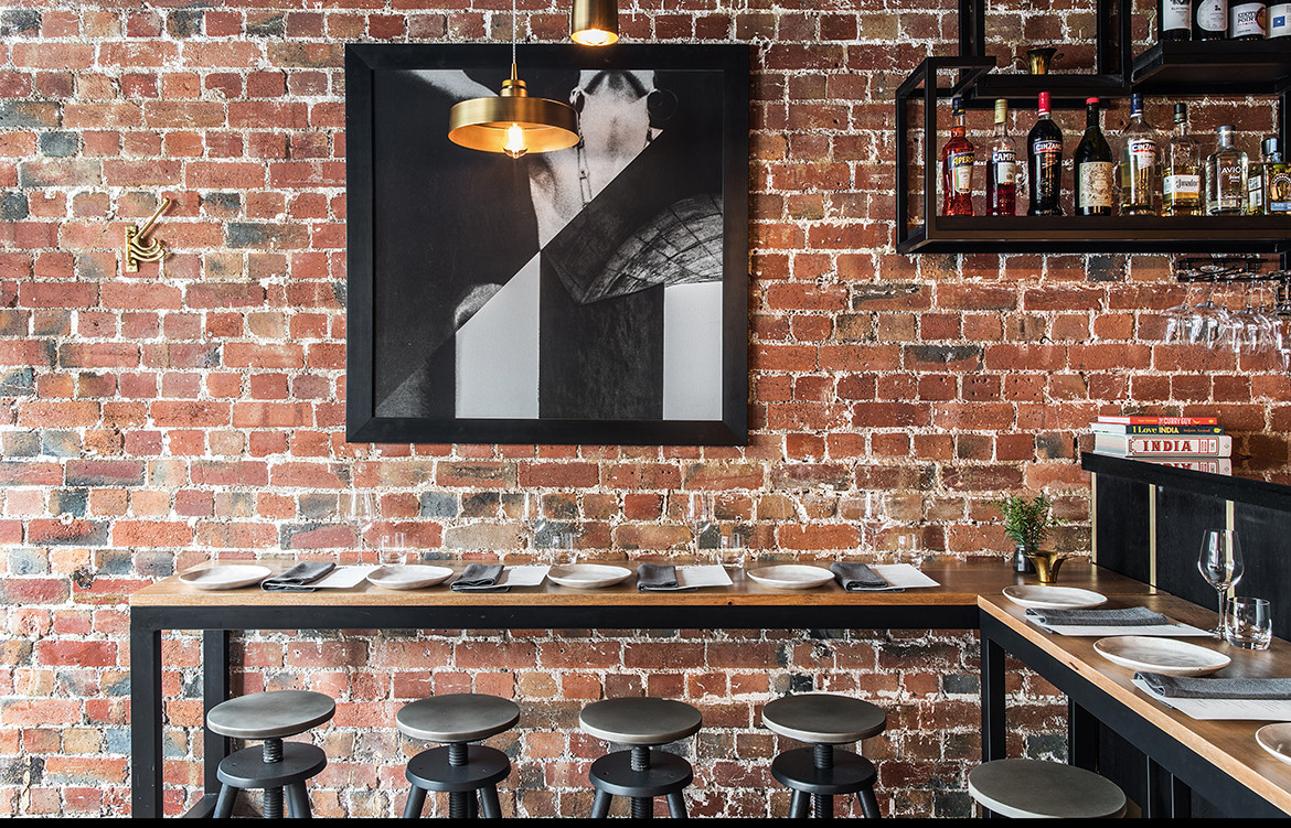 ISH Restaurant Melbourne Annu Bain CC Rhiannon Taylor bar seating and contemporary art work