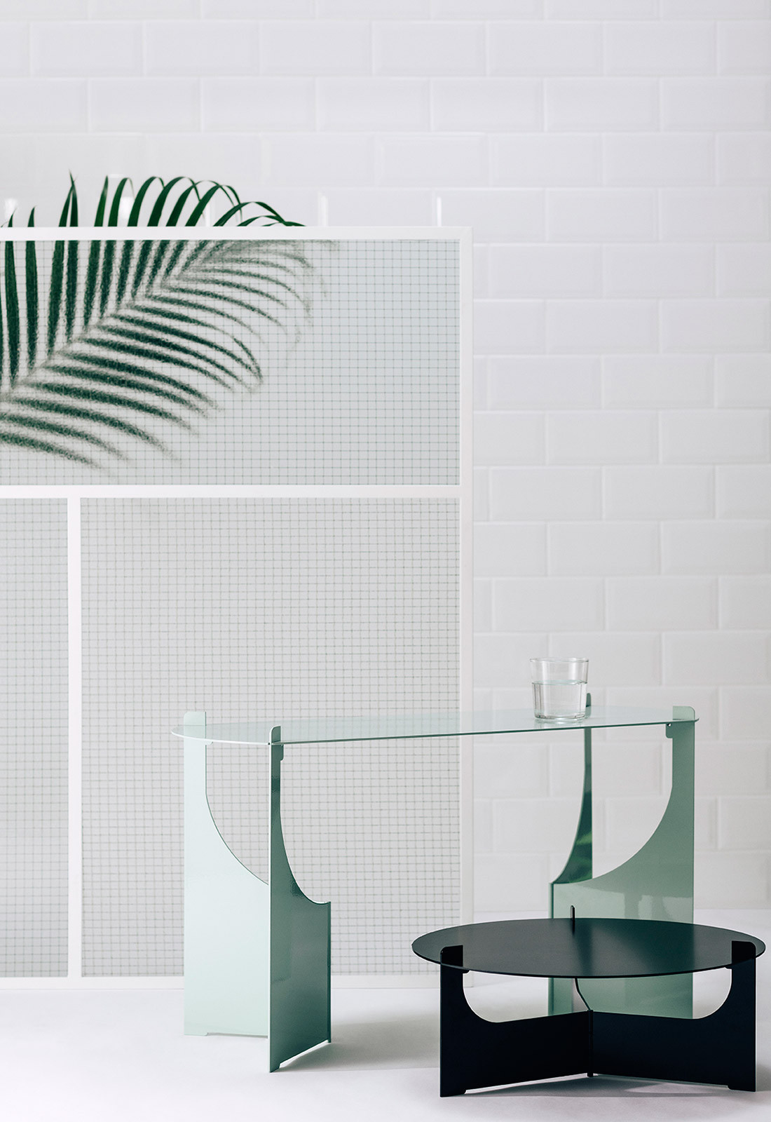 Idle Hands Design CC Lauren Bamford table