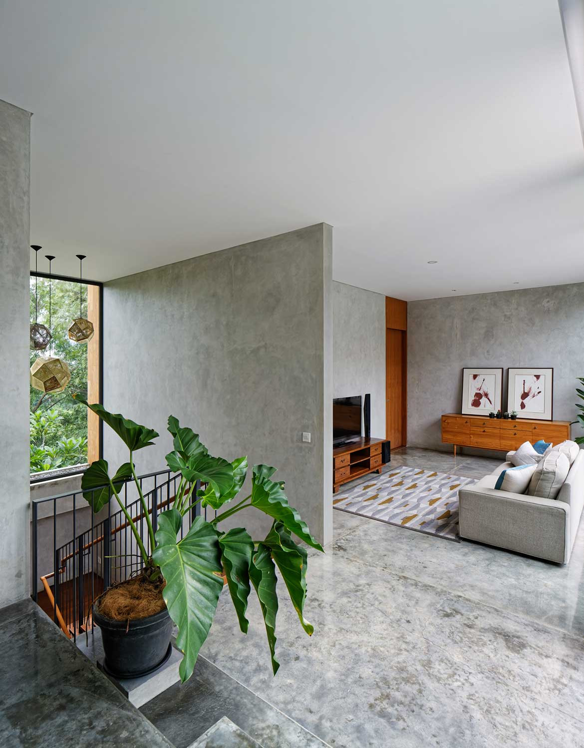 Inside Out House Tamara Wibowo Architects cc Fernando Gomulya concrete