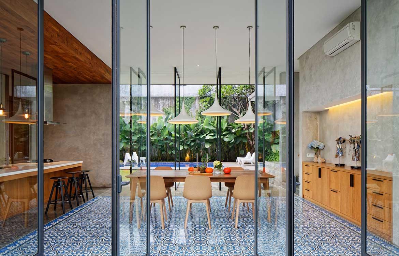 Inside Out House Tamara Wibowo Architects cc Fernando Gomulya kitchen