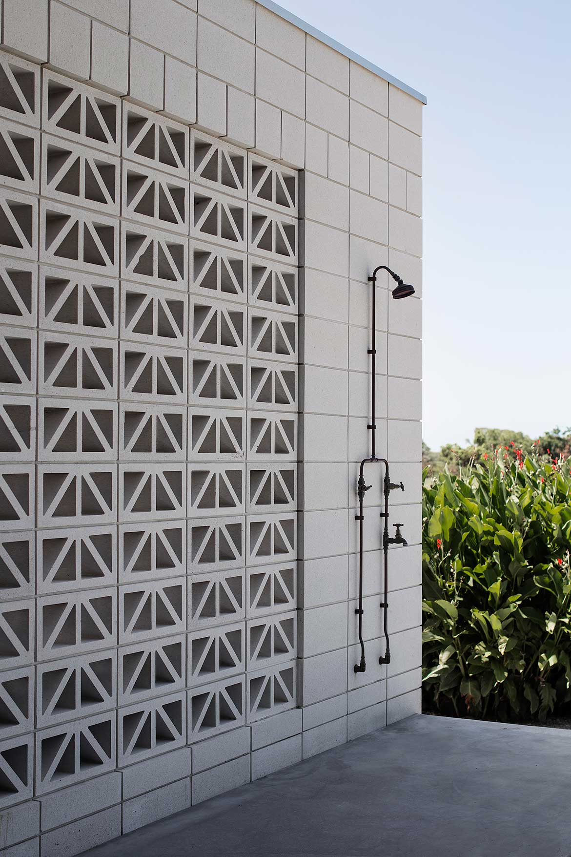 Inverdon House Chloe Naughton outdoor shower