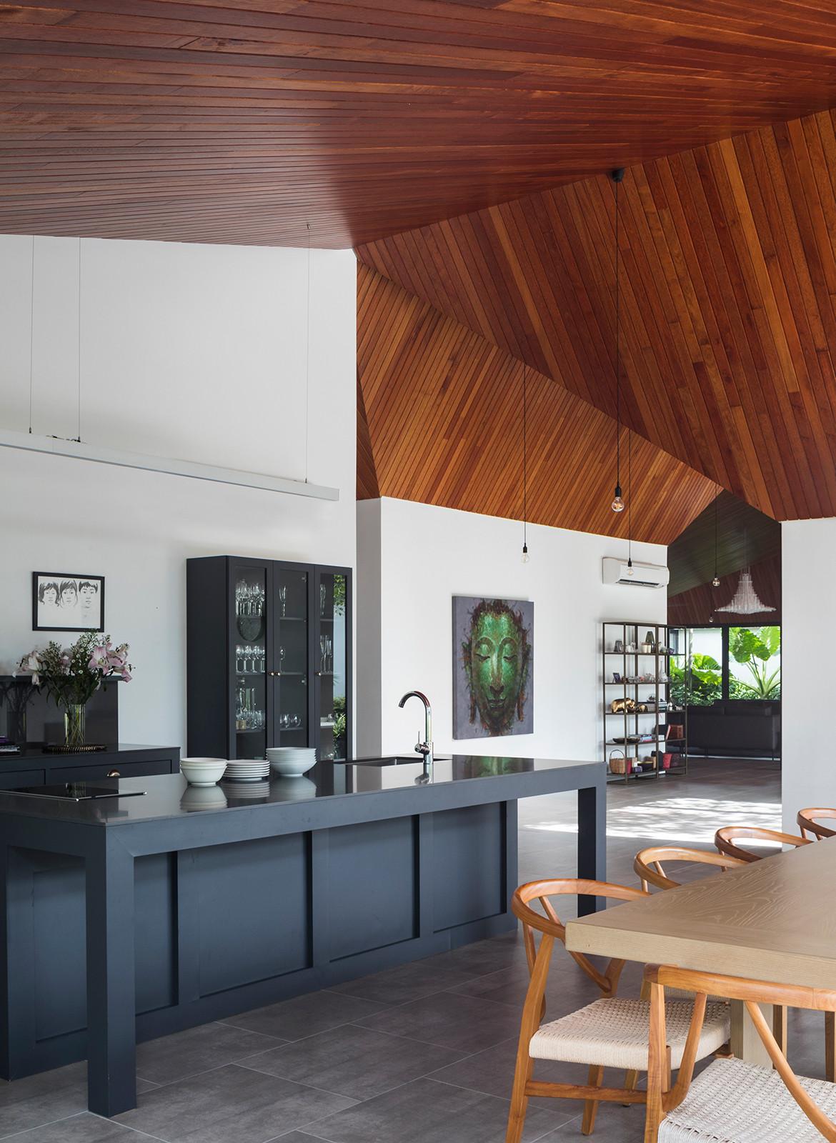 Cloister House Formwerkz CC Fabian Ong kitchen