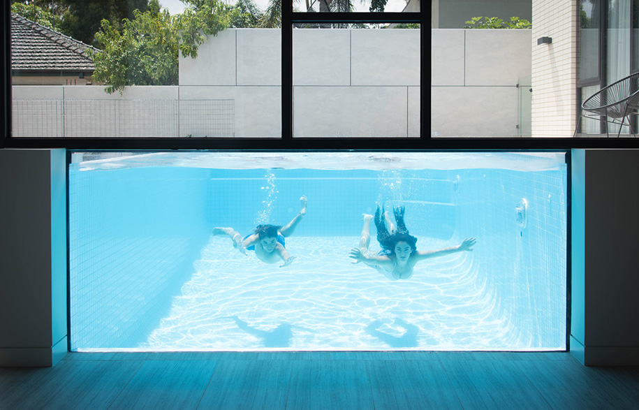 KAVELLARIS URBAN DESIGN Ivanhoe House pool