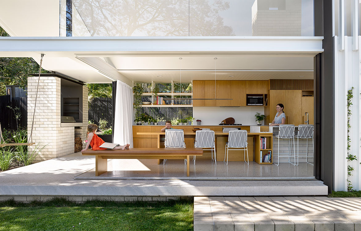 Jacaranda House Ashgrovian Queenslander SP Studio CC Christopher Frederick Jones outdoor dining