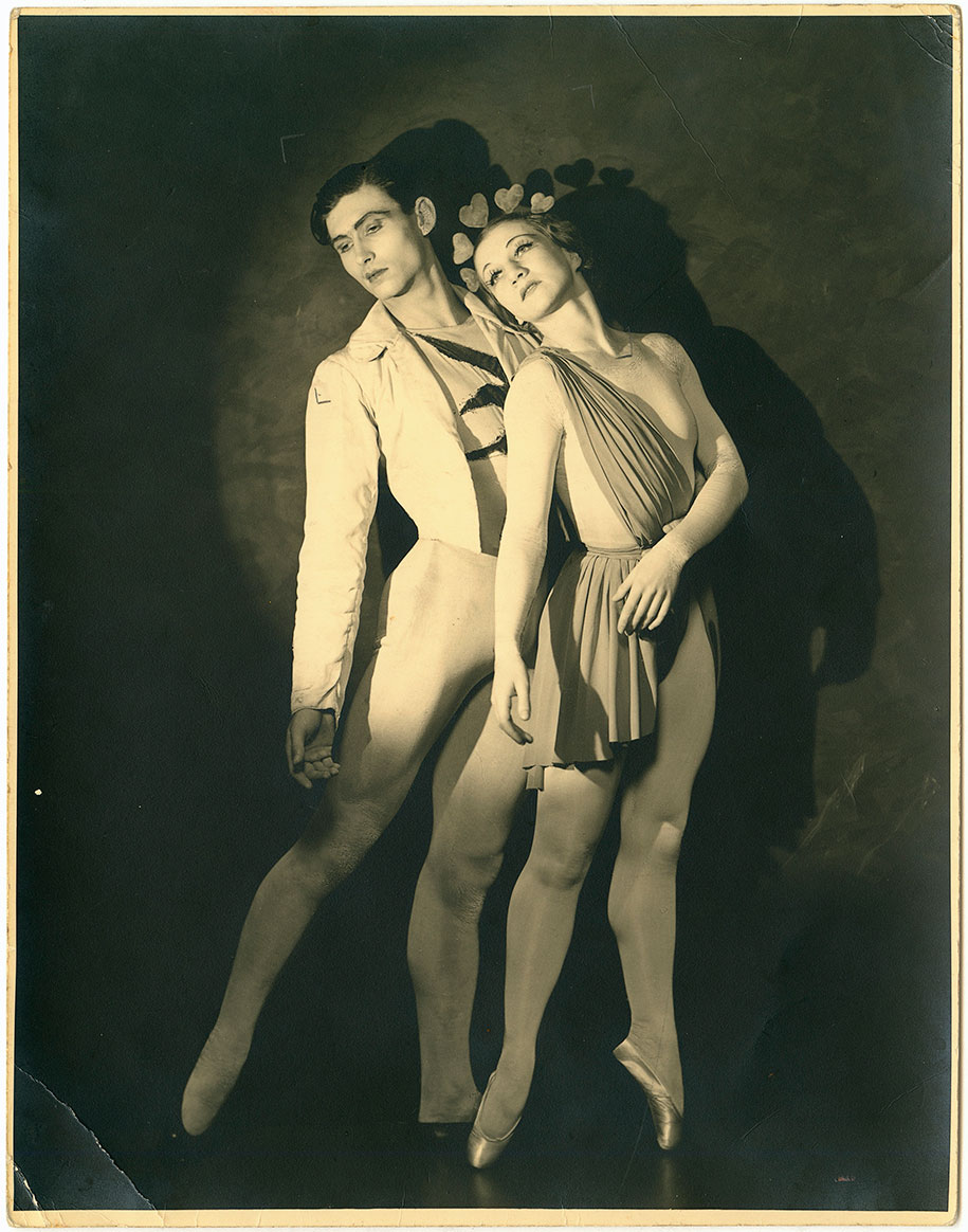 Jack_Cato_Helene-Kirsova-and-Igor-Youskevitch-in-Les-Presages,-Monte-Carlo-Russian-Ballet-(1936–37)