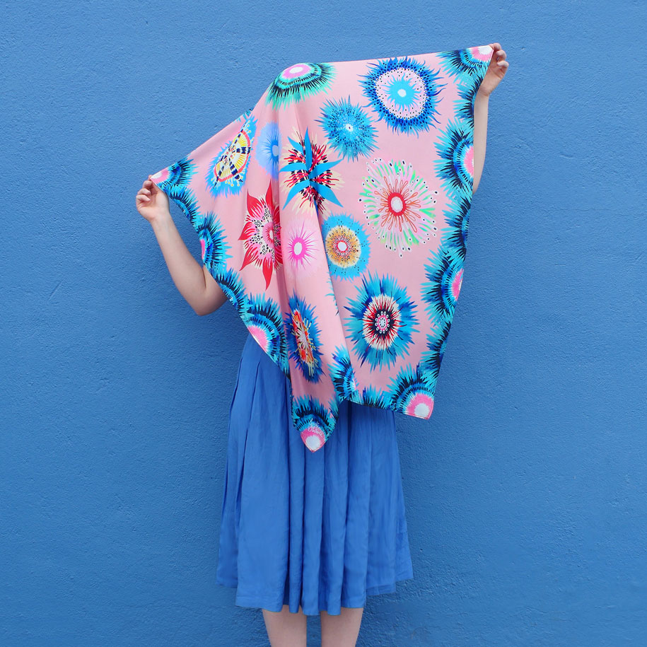 Julie-White---Straya-Nights-lookbook---Oceanic-scarf