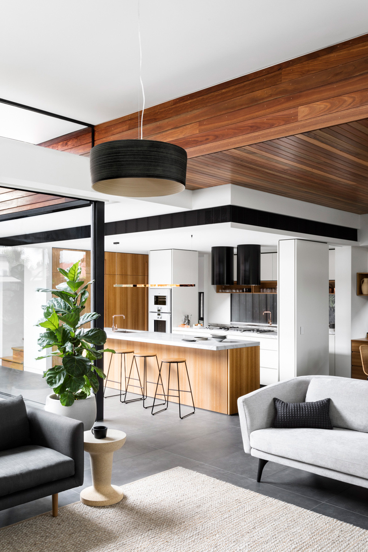 K2 Kitchen System Cantilever Colin Hopkins Bette Poulakas CC Martina Gemmola open plan kitchen and living
