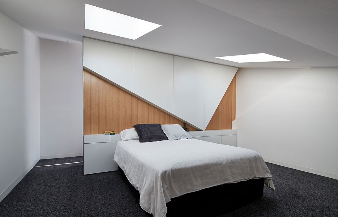K2 House FMD Architects Fiona Dunin cc Peter Bennetts bedroom