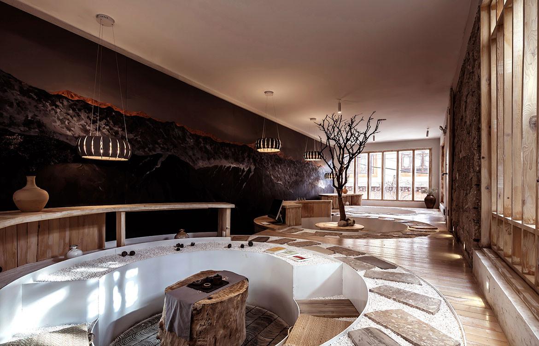 KARESANSUI Hotel lobby