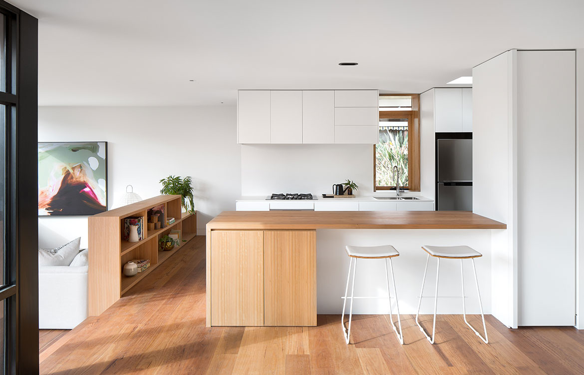 Kew Villa McManus Lew Architects CC Emily Barlett kitchen