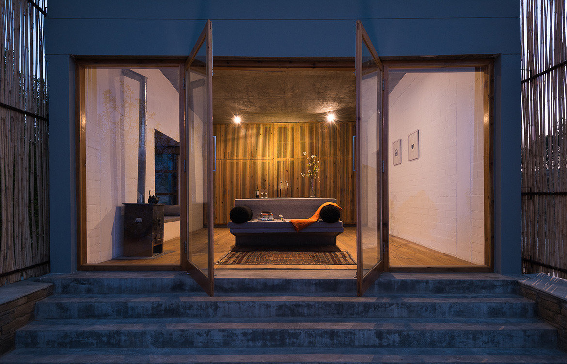 Kumaon Zowa Architects India cc Akshay Sharma suite