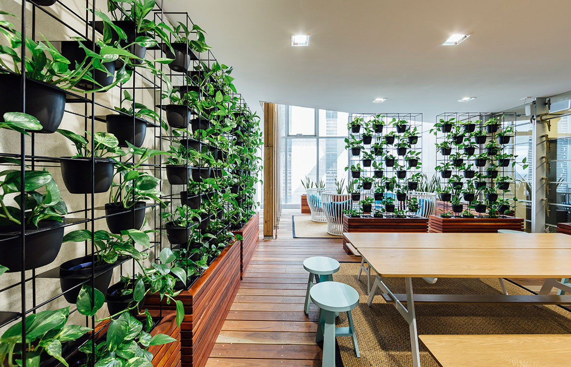 Lanna Vertical Garden Screen 1