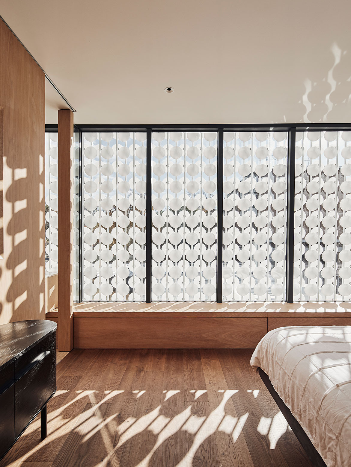 The Light House Lives With The Rhythm Of Nature   master bedroom