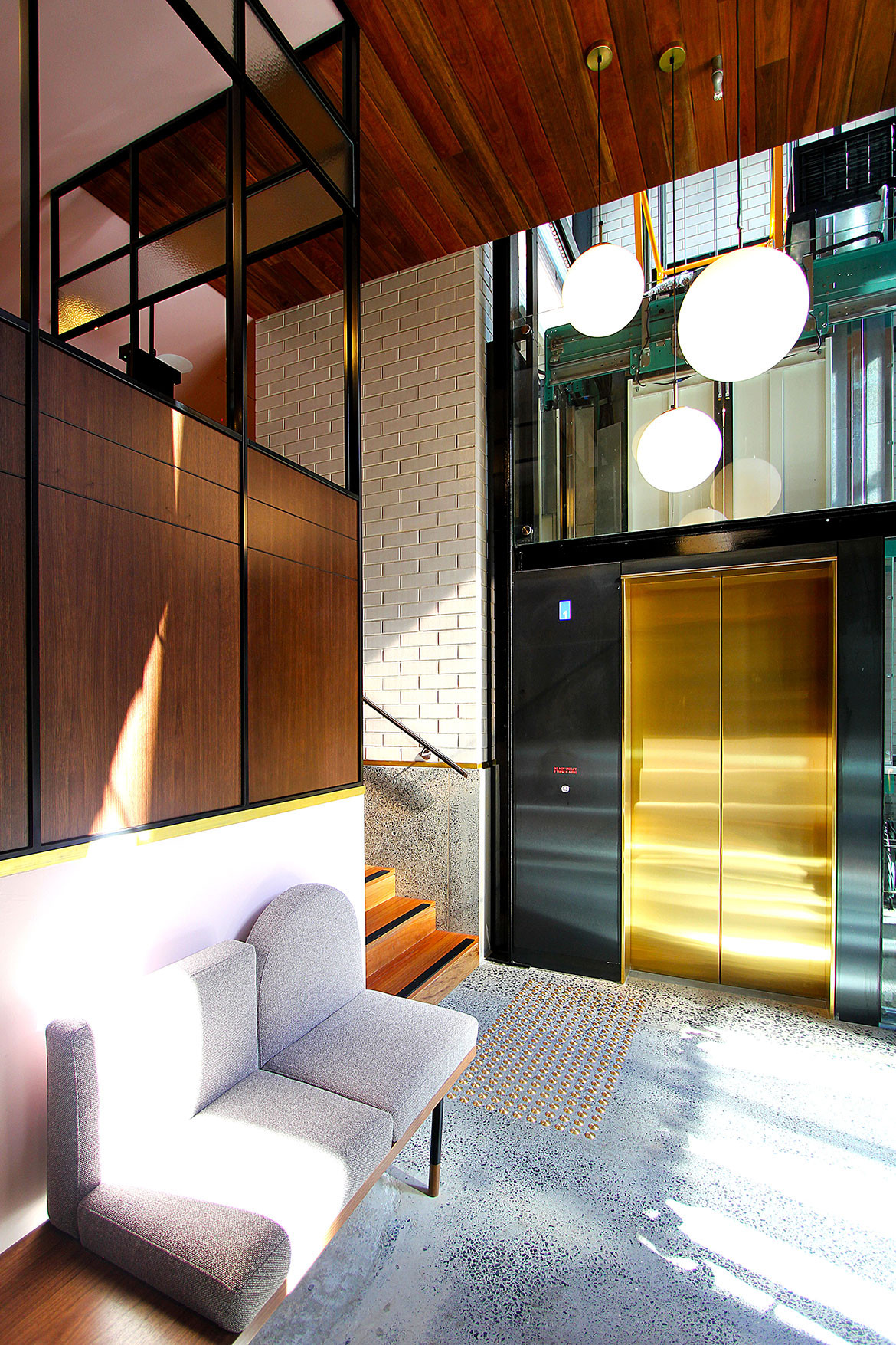 Little Albion Guest House cc Terence Yong elevator