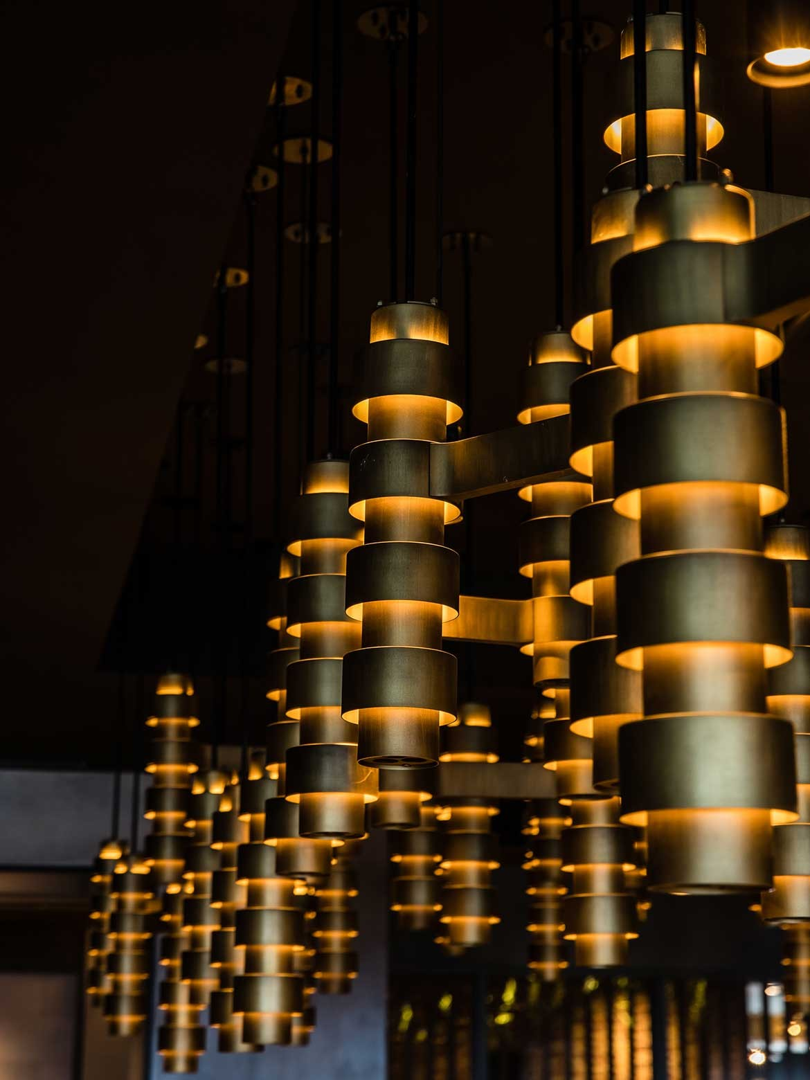 Luchetti Krelle Longrain Tokyo lights