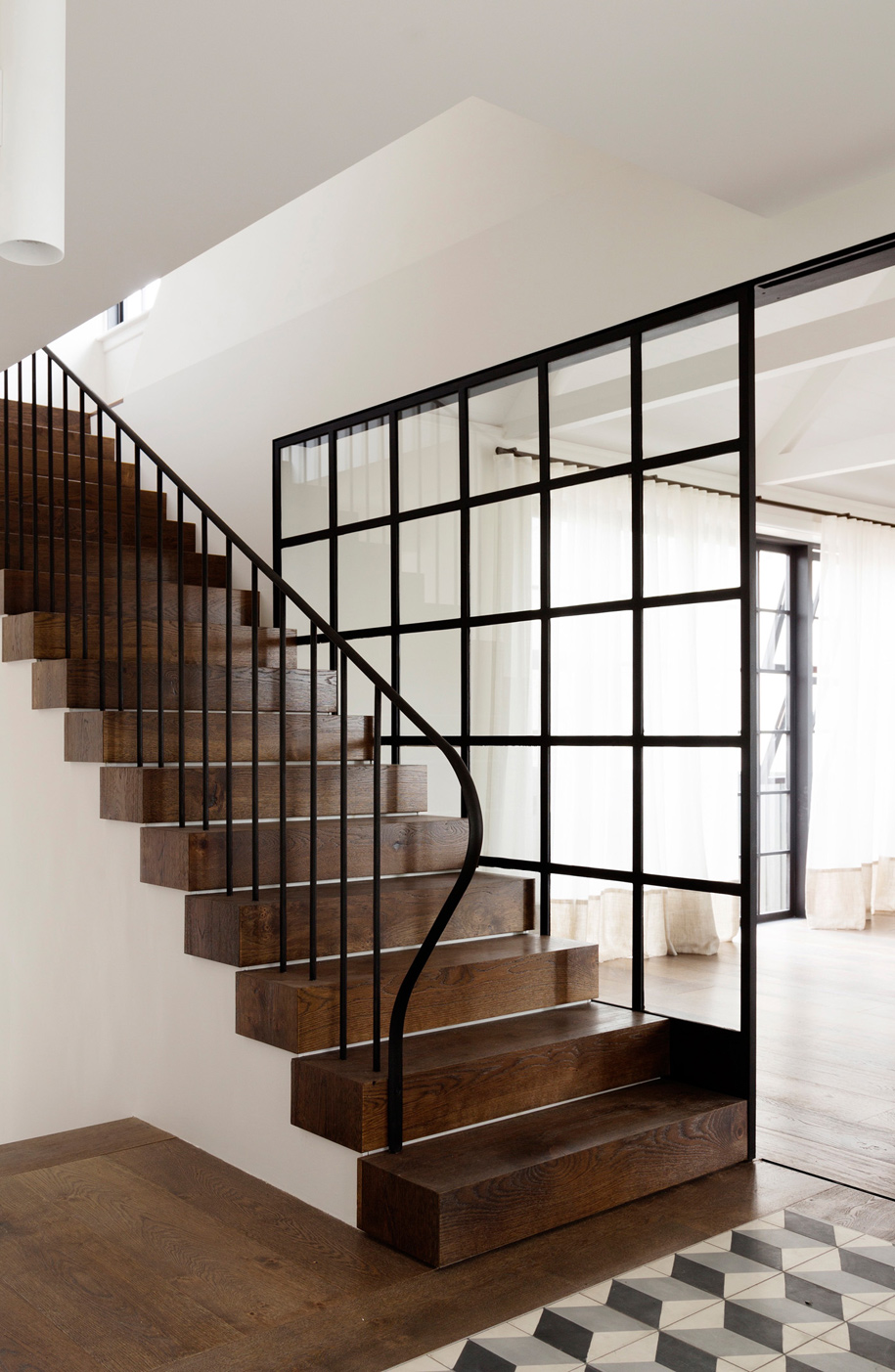 Luigi-Rosselli-Architects--Balancing-Home----011