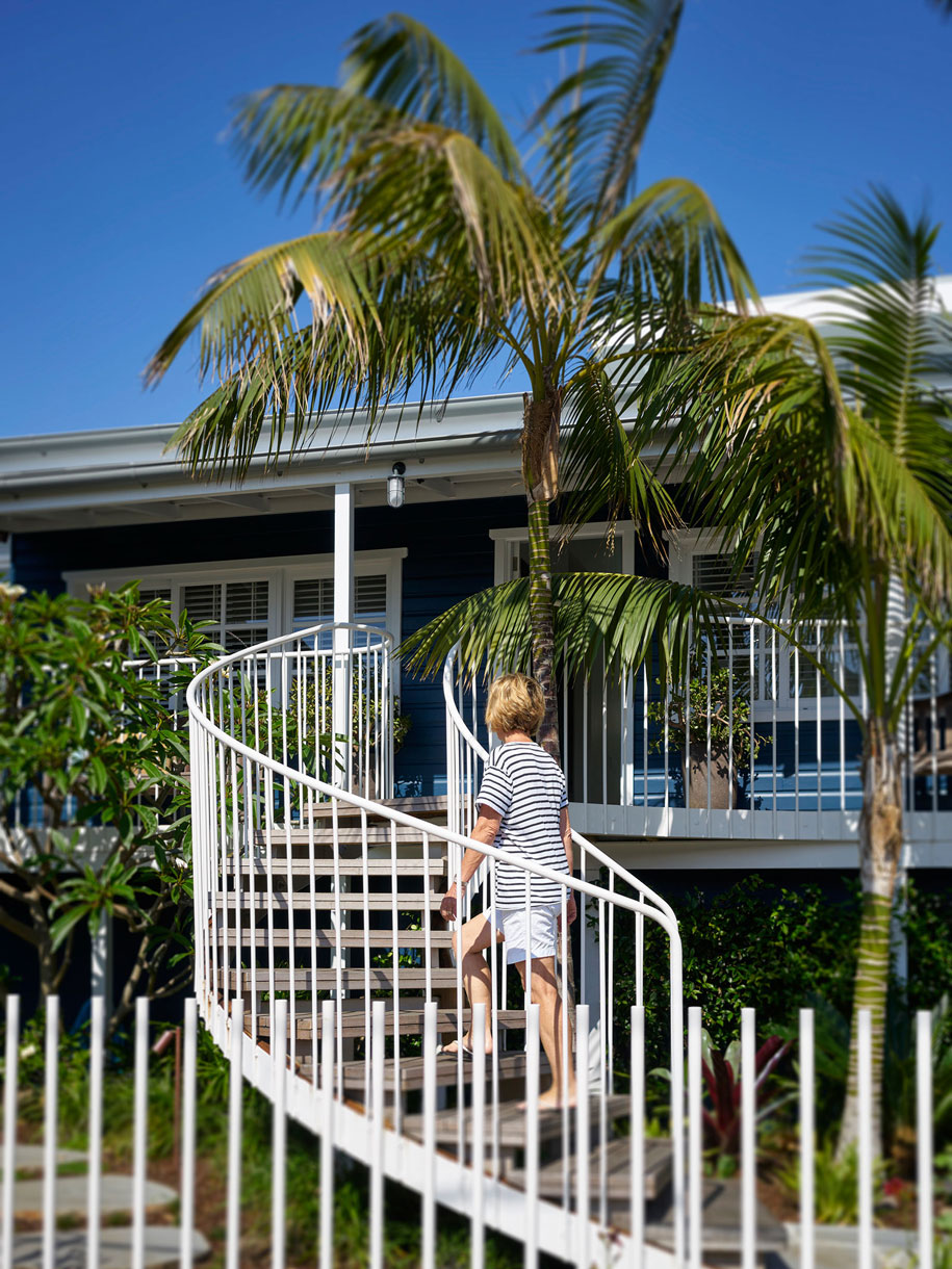 Luigi Rosselli Architects - Beach House on Stilts - Habitus Living