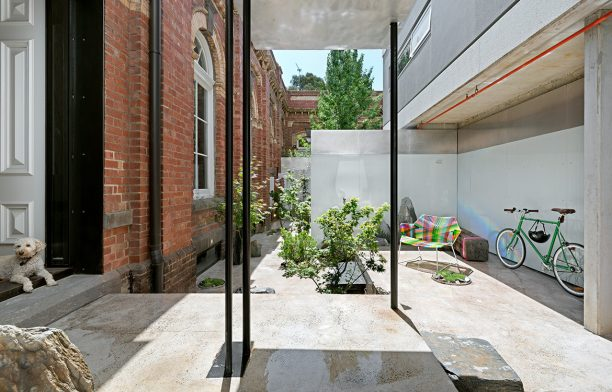 Classical Gas (Melbourne) by Multiplicity cc Emma Cross | Habitus House of the Year 2019
