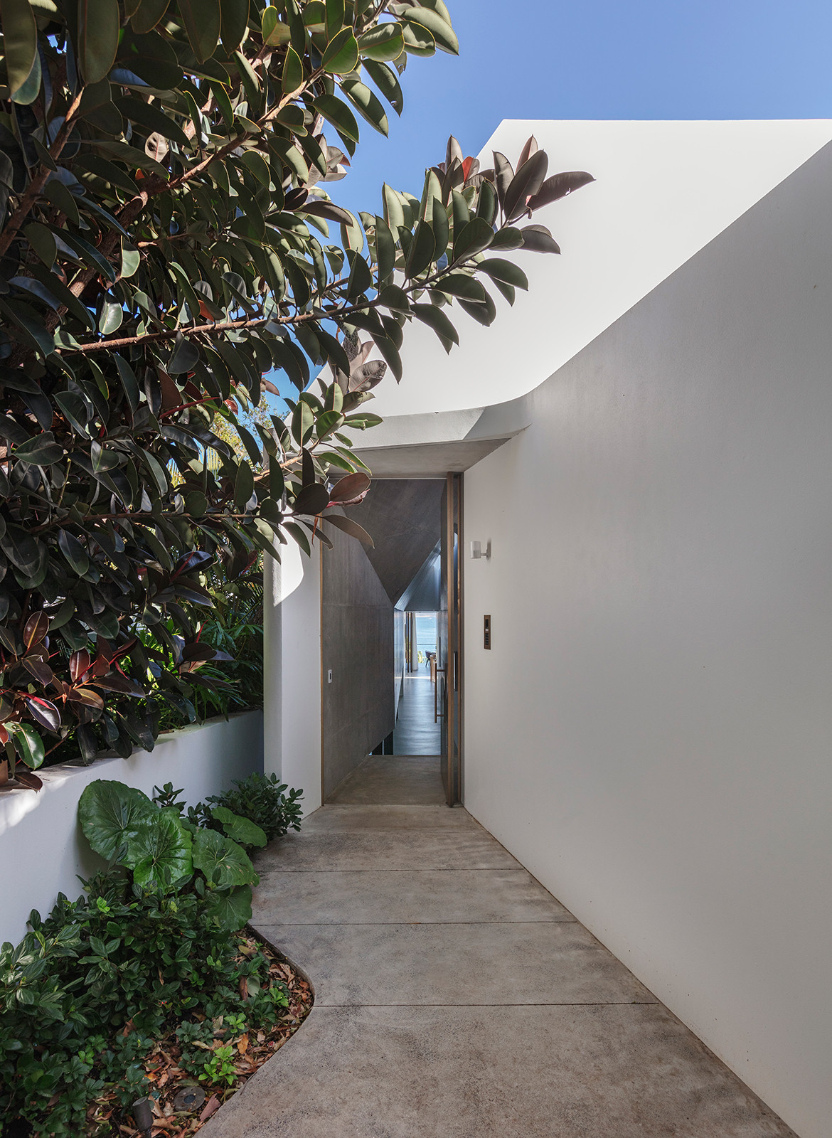 Kutti Beach House Matthew Woodward CC Murray Fredericks door entrance