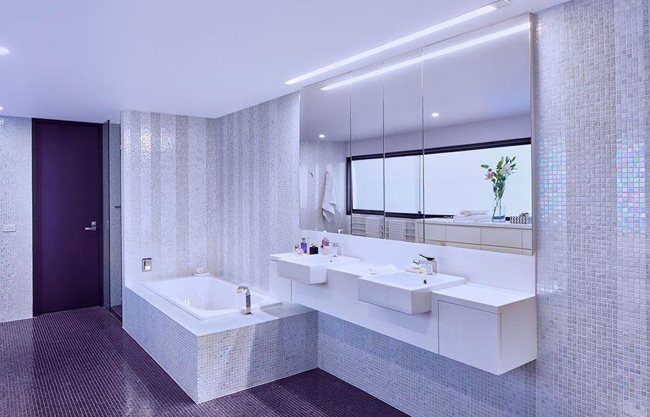 Main_bathroom