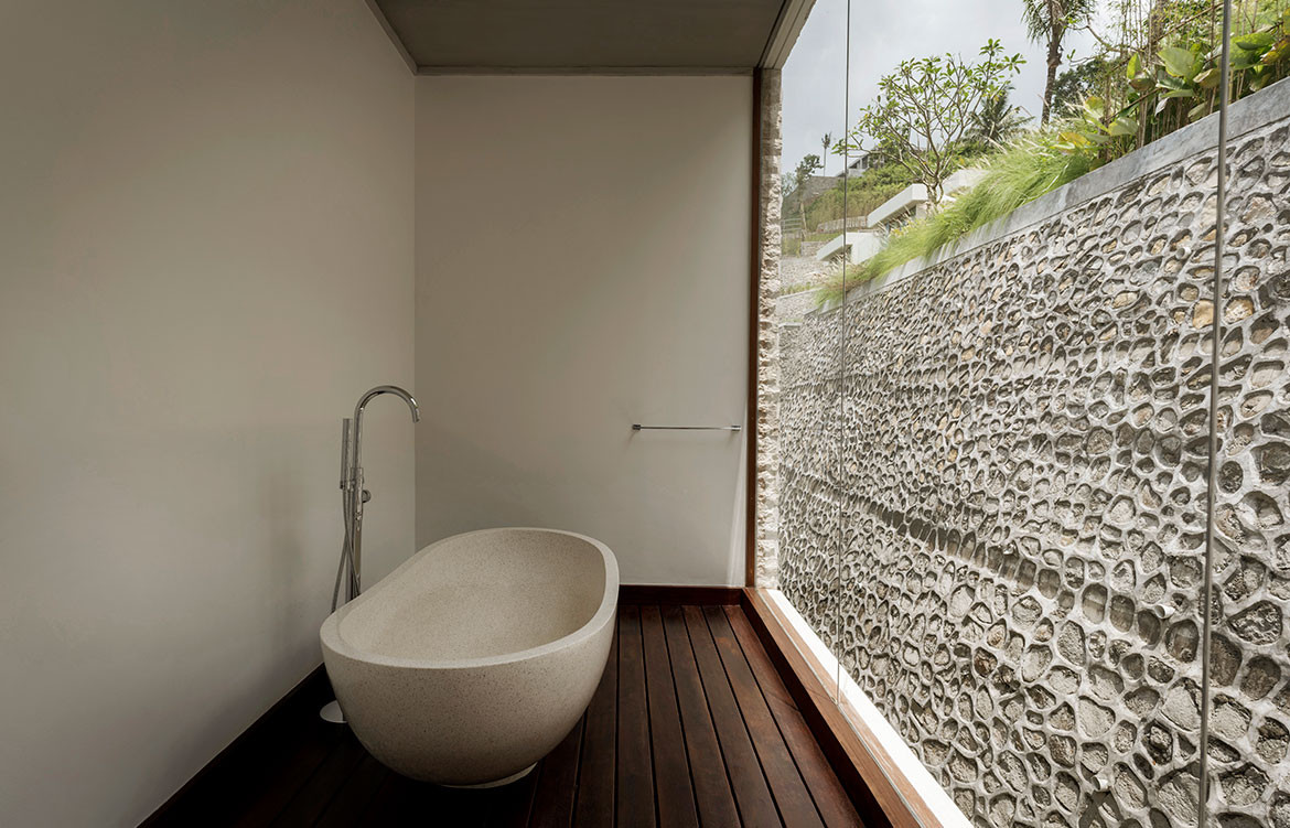 Maleo Residence Mitchel Squires Associates bath tub