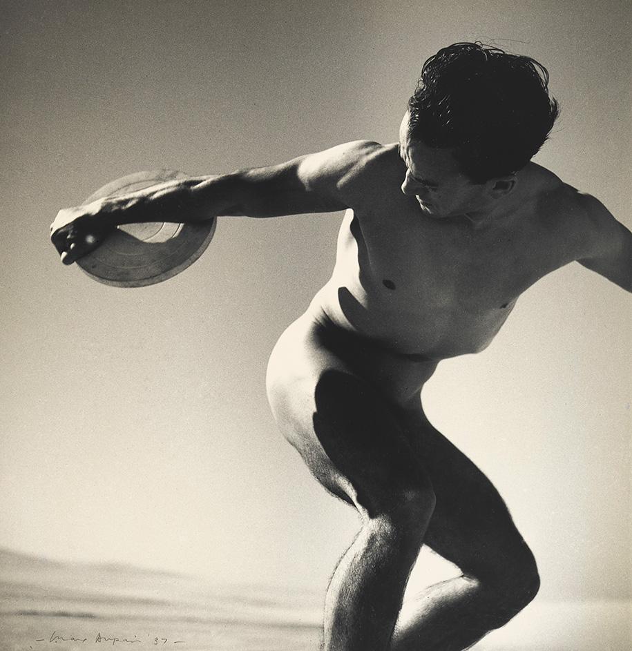 Max_Dupain_Discus_Thrower_1937