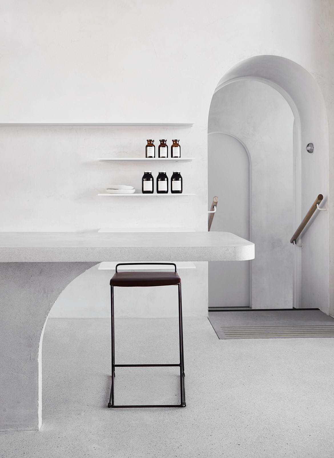 Habitus Loves... Solid Surfaces Covet Concrete Polished Overlay