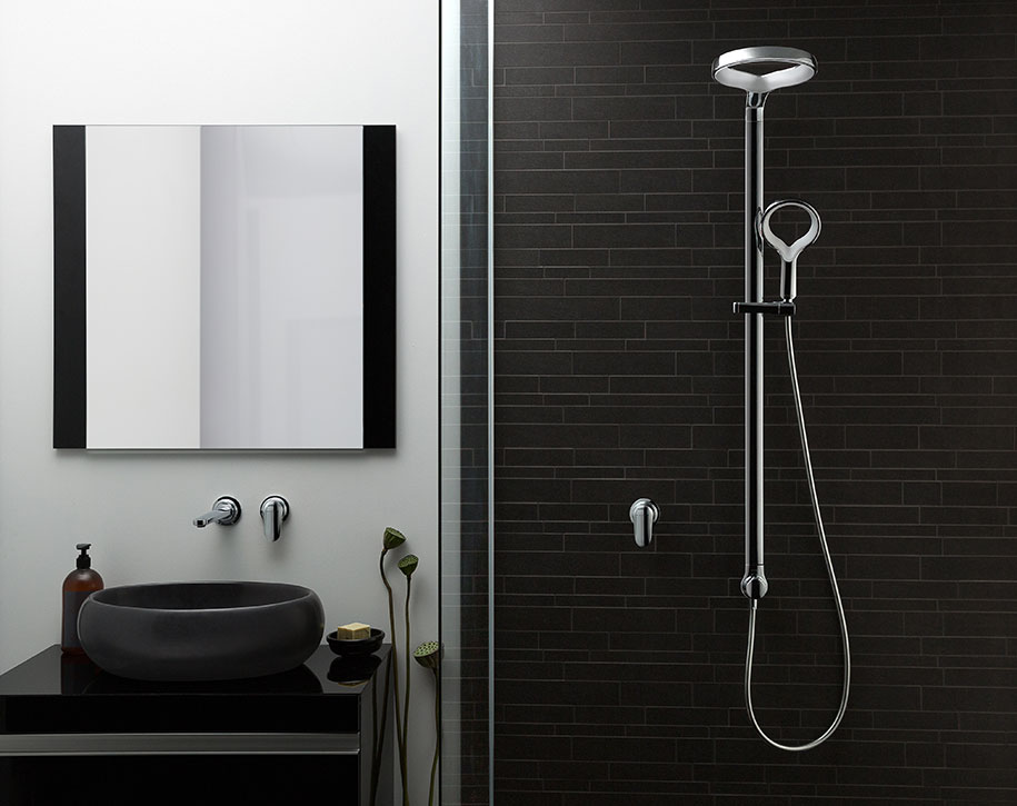 Methven-Aio-Shower-System-White-Insitu